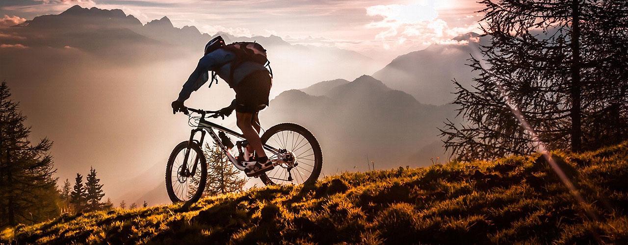 Kerékpárgumi és kerékpár gumitömlő